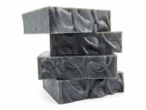 Mydło naturalne - węglowe z miodem, Miodowa Mydlarnia